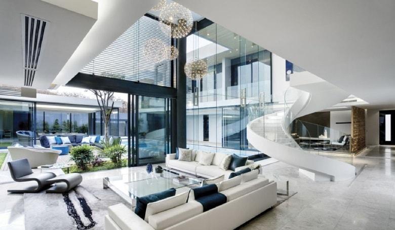 wnętrze nowoczesnej rezydencji w stylu high-tech